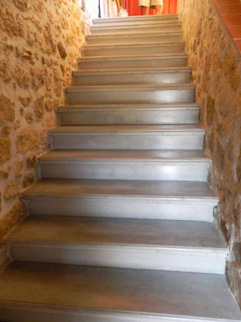 fabrication et pose d 39 escalier en b ton gris liss carcassonne et toulouse. Black Bedroom Furniture Sets. Home Design Ideas