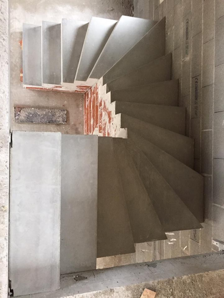 escalier beton brut cool gallery of peindre escalier beton collection avec tourdissant peinture. Black Bedroom Furniture Sets. Home Design Ideas