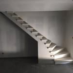 Escalier béton teinté