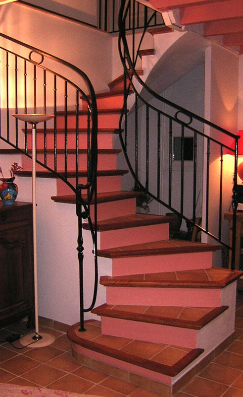 Fabrication et pose d 39 escalier en b ton carrel for Fabrication escalier beton interieur